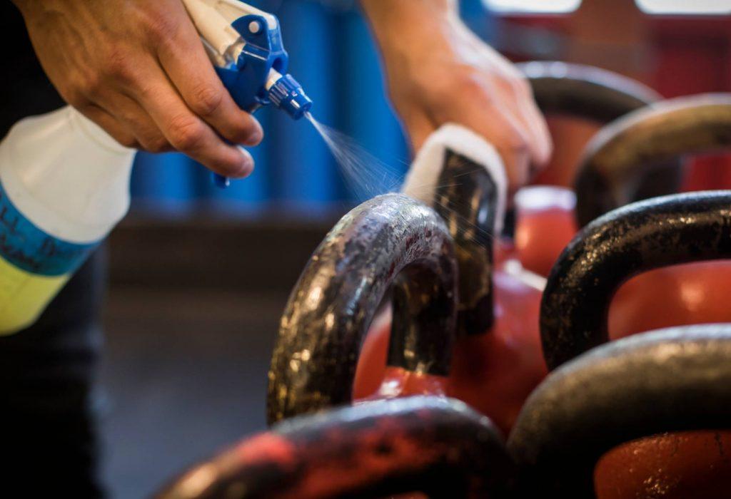 gym-equipment-sanitizing