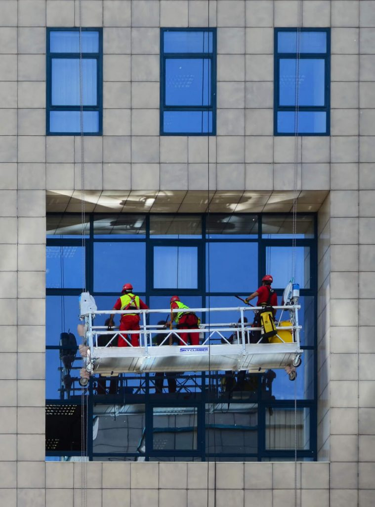 high-rise-window-washing-swing-stage-vertical