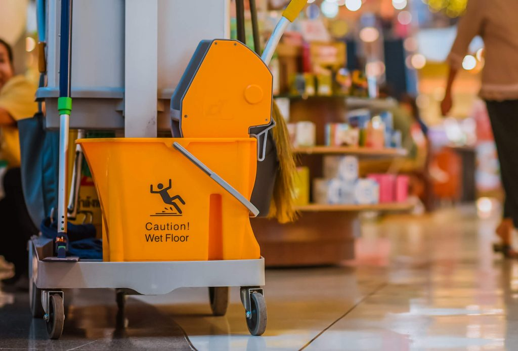 retail-cleaning-cart-cropped
